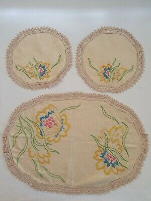 Vintage Floral Hand Embroidered Duchess Set Doilies