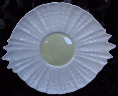"Green Mark Belleek Tridacna 2 Handled Cake Shell Plates,. 11.5"" X 9.75"""