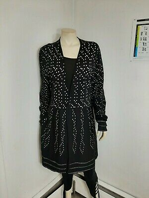 Chico's black & white long cover Sz XL...in excellent condition...no holes,spots