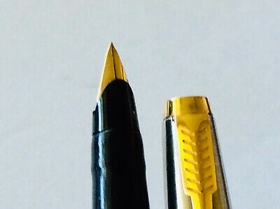 PARKER 45 FOUNTAIN PEN USA Black SS Gold & Trims Very Good Used Condition