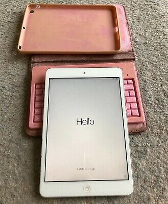 Apple iPad Mini 1st gen Wifi 16GB black A1432 great condition Keyboard Case