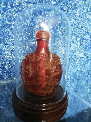 19c RED TREE GUM Chinese CARVED SNUFF BOTTLE  Statue PEKING GLASS DRUG BAG JAR