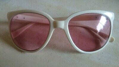 VINTAGE RAY-BAN SUNGLASSES White Nylon Frame B&L Lenses Made in France