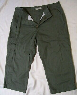 Women's Riders by Lee Capris/cropped Pants Sz 16 M Olive Green