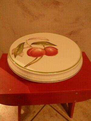 Villeroy & Boch Cascara- Peaches Leaves White Pedestal Cake Stand     EUC!