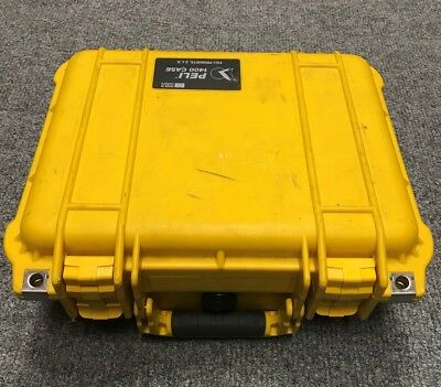 2 X Pelicase 1400 - PELI 1400 Case Yellow