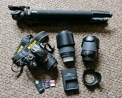 Nikon D3300 Camera Bundle **Excellent Condition**