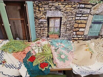 DOILIES Vintage Assorted linen V.G preloved conditionx 29.