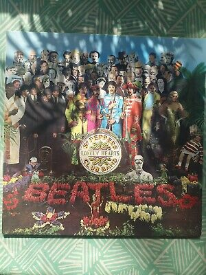The Beatles Sgt Pepper. Stereo PCS 7027. *Stunning* vinyl, sleeve, insert, audio