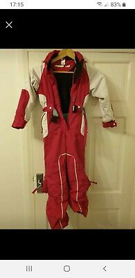 Wedze Snowsuit 6 Years pink and white used condition
