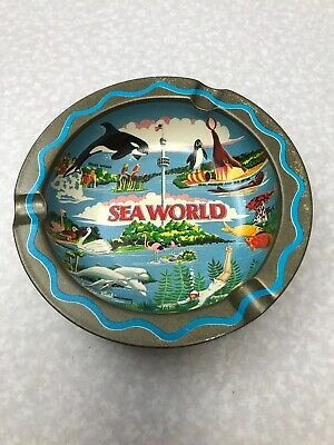 Vintage Sea World Ash Tray 1976 KG RR27