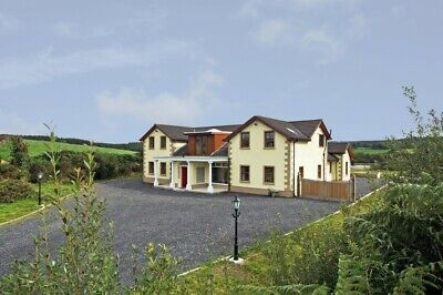 BEAUTIFUL COUNTRY HOUSE IN 8 ACRES WITH OWN LAKE.  CO Mayo Ireland-