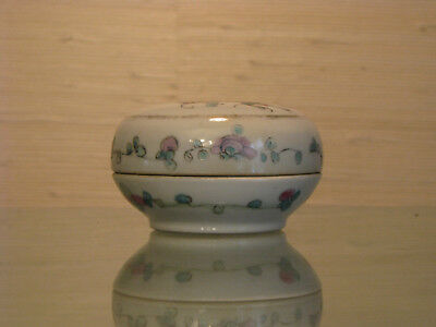 Chinese Republic Era Lidded Paste Box