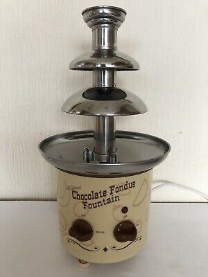 Prima Nostalgia Electrics Vintage Style  Chocolate Fondue Fountain