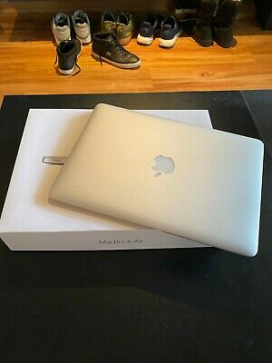 Macbook Air 2017, i5, 8GB RAM, 128GB SSD, New Apple Battery! - Good Condition