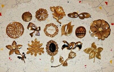 Job Lot - vintage modern mix of 16 pieces gold toned costume jewellery brooches