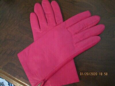 Women's Hot Pink Genuine Leather Gloves-Pre-Owned-Fownes Size 7-Acrylic Lining