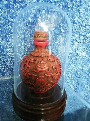 19c RED CINEBARRE Chinese CARVED SNUFF BOTTLE  Statue PEKING GLASS DRUG BAG PACK