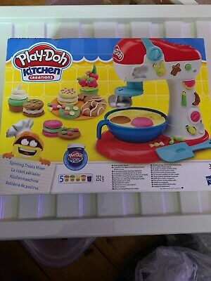Play-Doh Kitchen Creations Spinning Treats Mixer - BRAND NEW