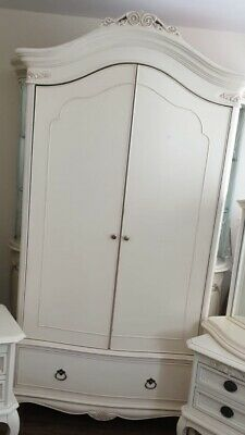 Fabulous Willis & Gambier Ivory Bedroom double French rococo wardrobe