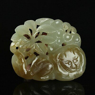 Chinese Exquisite Hand carved animal carving Hetian jade statue
