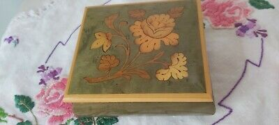 Sorrento Italy Vintage Hand Made Inlaid Wooden Trinket Box