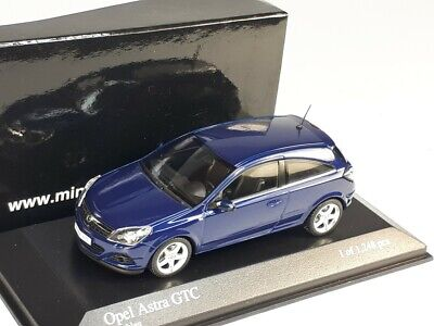 WELLY /'05 OPEL VAUXHALL ASTRA GTC BLUE 1:34 DIE CAST METAL MODEL NEW IN BOX