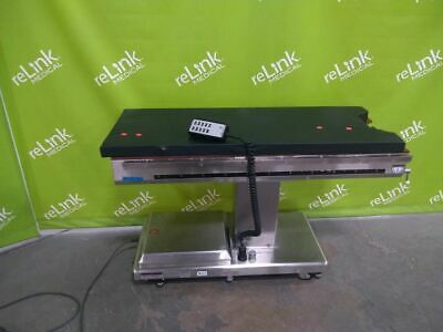 Skytron 3100A Surgical Table