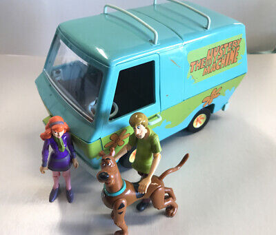 Scooby-Doo Animated TV Series Mystery Machine Image Embroidered Patch NEW UNUSED