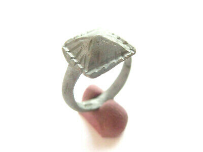 Ancient CELTIC Baby Billon Ring with Engraved Bezel > *La Tene* Period - 300 BC