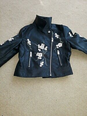 girls embroidered jacket age 7/8 perfect condition