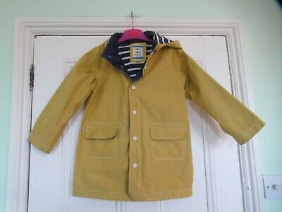 7-8 yrs: SEASALT yellow raincoat: Organic cotton/Weather resistant/Jersey lining