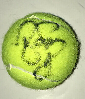 Roger Federer authentic in person signed Penn tennis ball Wimbledon US Open