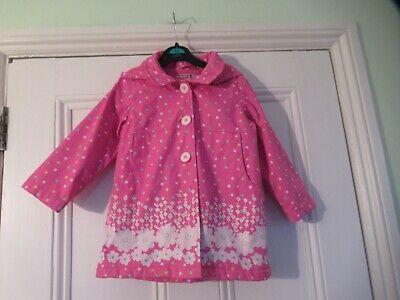 2-3 yrs: Pretty raincoat: Waterproof/Detachable hood/Fleece lining: Sugar Pink
