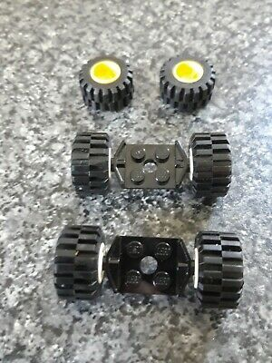 122c01 L GREY x1 PLATE Medium Tyre Modified 2 x 2 w// Wheels Red LEGO TW190