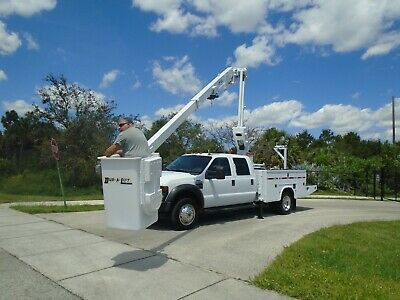 4X4 Ford F550 Diesel Utility Articulating 40' Dur-A-Lift Bucket Boom Truck