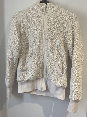 Girl's Bench White Fuffly Wooly Hoodie Aged 11 Long Sleeved Pockets (D6)