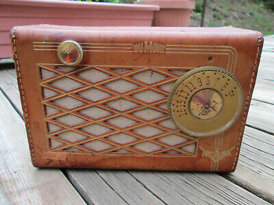 Vintage Tube Dumont Beachcomber Portable AM Radio Model RA 354 A1 + 437 Battery