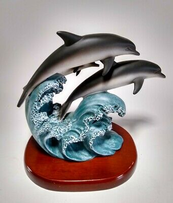 Beautiful Dolphin Family Figure Detailed !