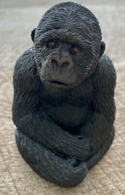 Gorilla Sculpture By Sandicast Small Sandra Brue  (SS4004) 1994