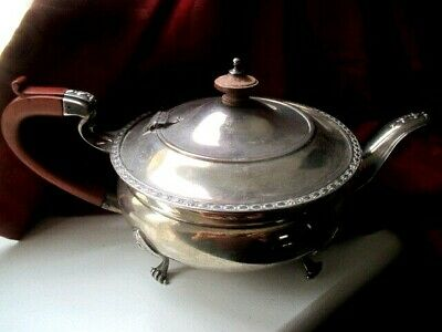 1926 ART CRAFTS  - SOLID SILVER - TEA POT -ELKINGTON  - 650 grams  PAW FEET