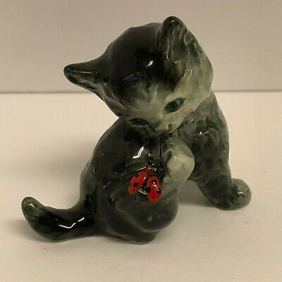 Goebel Porcelain Tabby Cat Kitten Sitting Figurine With Ladybug On Paw #GK65A