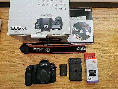 Canon EOS 6D 20.2MP with Focus Screen, original box and 2 batteries.