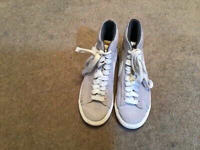 Immaculate Pair Grey White Nike Logos High Top Trainers Size Uk 3.5