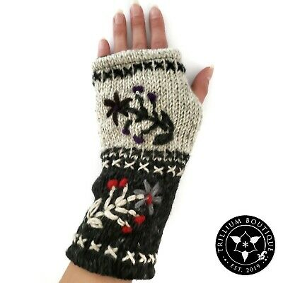 Women's Cozy Fingerless Gloves/Mittens One Size Made in Nepal NWT