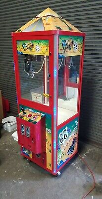 Route 66 Candy Crane / Claw Arcade Machine Prize Redemption T: Plush Toy Ball