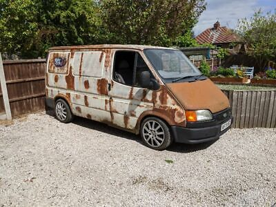Ford Transit Mk5 Smiley V8
