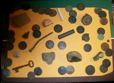 Artifacts found near Historic Philadelphia - Lots of Old Colonial Coins !!