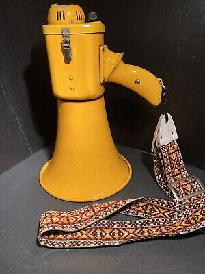 Civil Defense Megaphone / Bullhorn Audio Hailer S-168 M Early 60'S