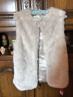 Girls Cream Faux Fur Fluffy Gilet Body Warmer Age 11/12 years - New